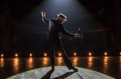Review: THE ENTERTAINER at Garrick Theatre